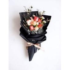 bunga buket full bunga dengan craf warna hitam